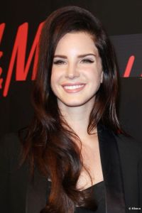 4807-nothing-flashy-for-lana-del-rey-the-592x0-2